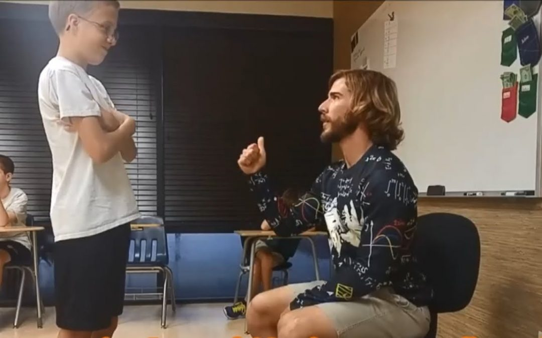 This Special Ed Teacher Gives Touching Compliments to His Students Everyday